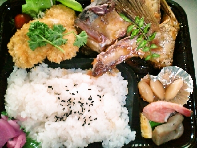 鯛あら煮弁当(飯田橋/めん房)