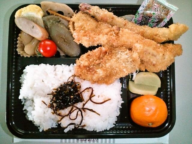 ミックスフライ弁当(飯田橋/めん房)