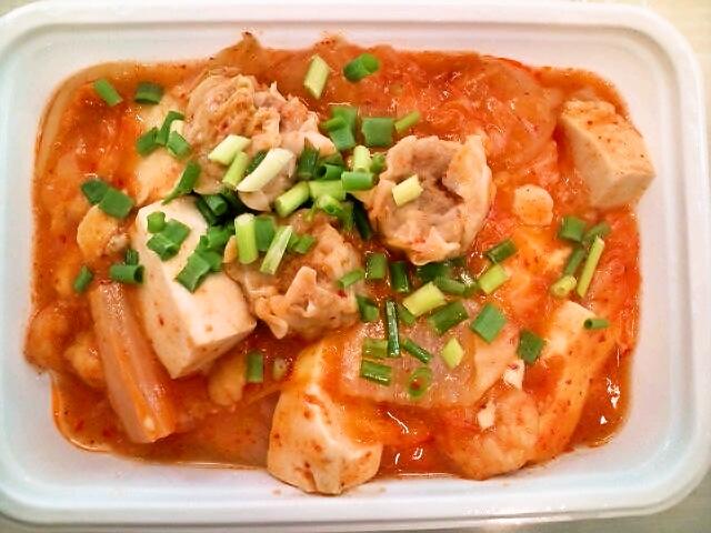 キムチ豆腐のオムライス弁当(神保町/カフェ・マネキヤ)
