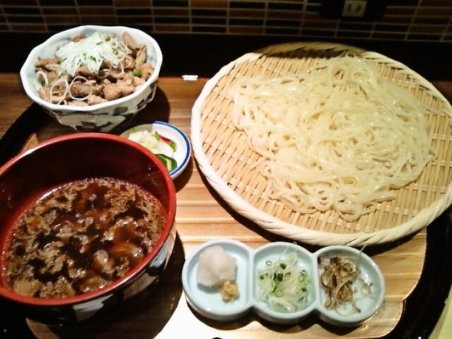 氷見うどん・ミニモツ煮込み丼(神保町/開元)