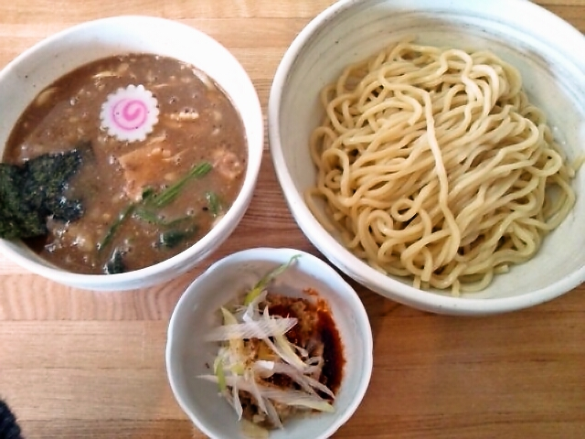 味玉つけ麺・豚KARAほぐし(横芝光/二升屋)