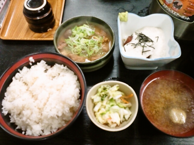 山かけ煮込み定食(飯田橋/串鐵)