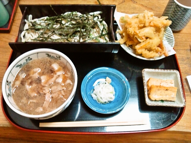 もりうどん・肉汁・かき揚(飯田橋/牧の家)